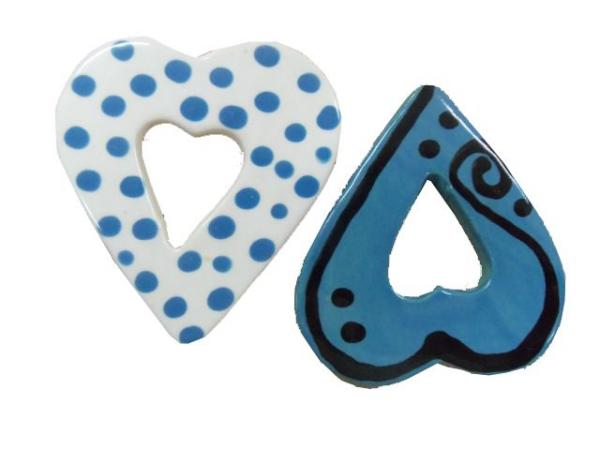 flat-decorated-hearts-627d
