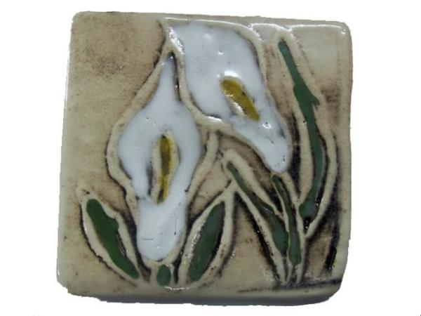lily-tile--1601