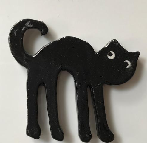 13265--black-cat