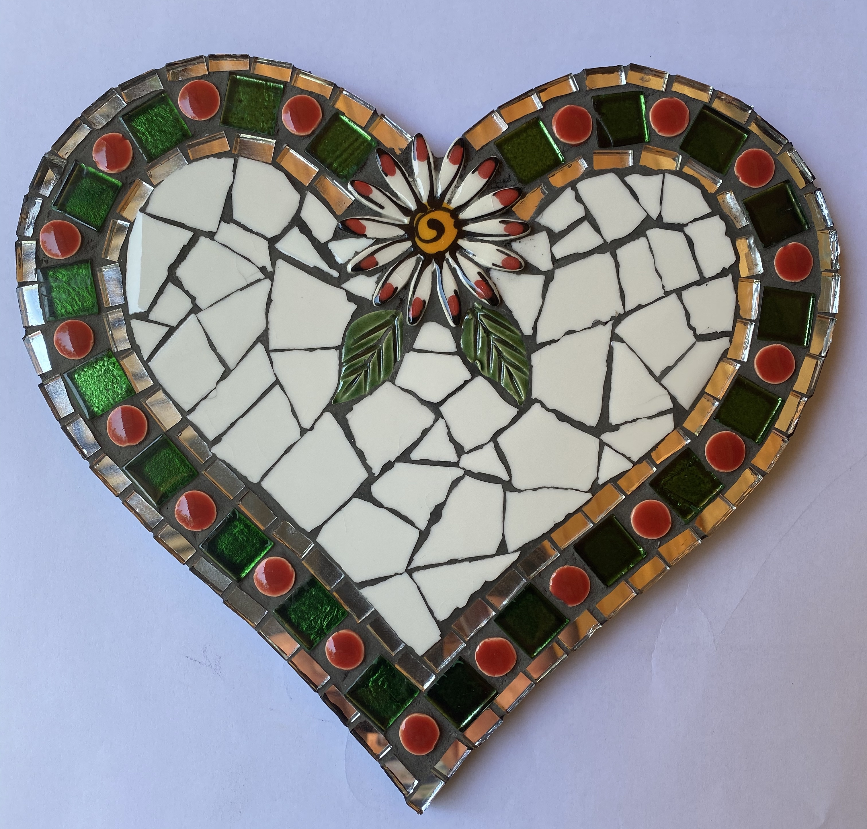 heart-kit-with-flower-and-green-tiles-kit113