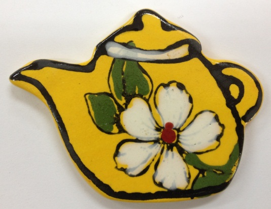 574-teapot-with-flower