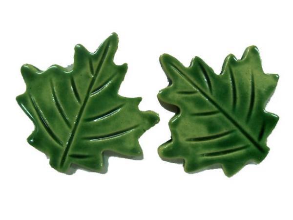 maple-leaves-x2-716p